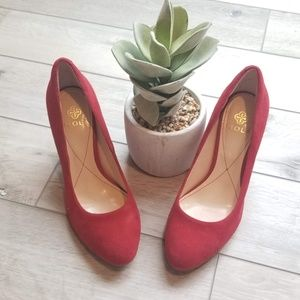 Red ISOLA Pump